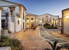 Hotel Villa Favorita - Noto - Rakennus