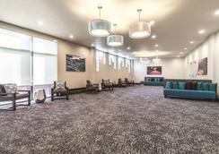 La Quinta Inn & Suites by Wyndham Glenwood Springs - Glenwood Springs - Aula