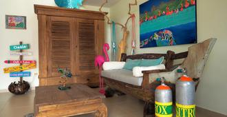 Oasis Guesthouse Bonaire Superior Suite, Great Location!! - Kralendijk