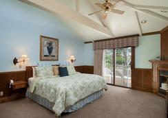 Lighthouse Lodge And Cottages - Pacific Grove - Bedroom