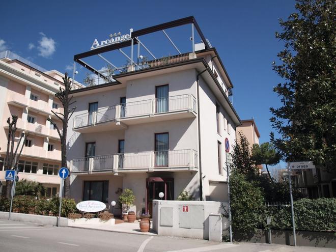 Hotel Arcangelo - Ρίμινι - Κτίριο