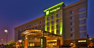 Holiday Inn Detroit Metro Airport - Romulus - Building