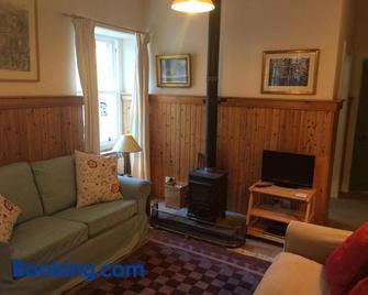 Bamff Ecotourism - Blairgowrie - Living room