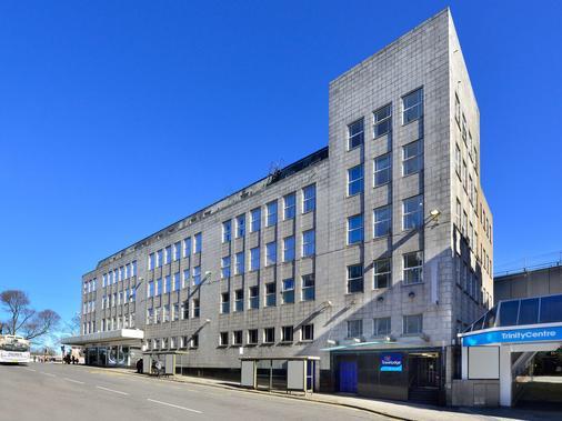 Travelodge Aberdeen Central - Абердин - Здание