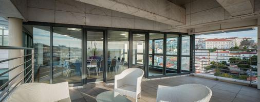 NH Collection Lisboa Liberdade - Lisbon - Balcony