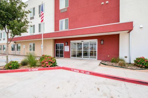 Motel 6 Laredo Airport - Laredo - Toà nhà