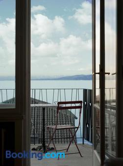 Boutique Hotel Albero Nascosto - Trieste - Balcony
