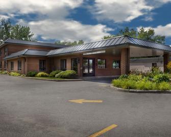 Motel Idéal Ste-Rose - Laval - Building