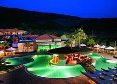 Olympia Golden Beach Resort & Spa - Kastro - Piscine
