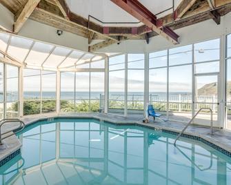 Pacifica Beach Hotel - Pacifica - Zwembad