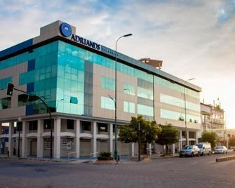 Hotel Adriand's - Machala - Edificio