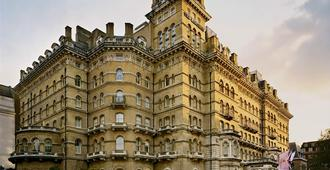 The Langham, London - Lontoo - Rakennus