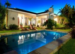 Beachwalk Bed & Breakfast - Port Elizabeth - Pool