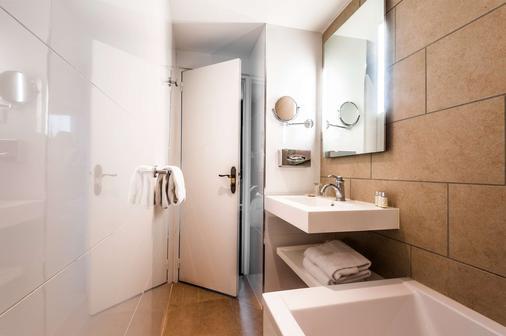 Best Western Saint Louis - Vincennes - Bathroom