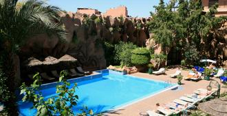 Imperial Holiday Hôtel & Spa - Marrakech - Piscina
