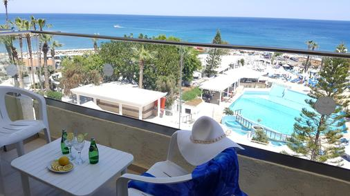 Golden Coast Beach Hotel - Protaras - Parveke
