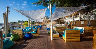 The Golden Coast Beach Hotel - Protaras - Bar