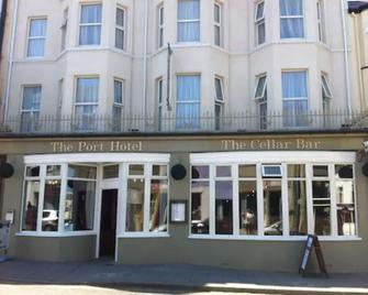 The Port Hotel - Portrush - Byggnad