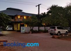 The Courthouse Bed & Breakfast - Broome - Building