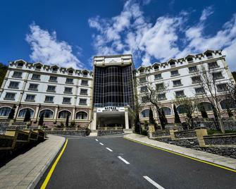 Qafqaz Resort Hotel - Gabala - Gebäude