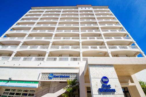 Best Western Okinawa Kouki Beach - Nago - Building