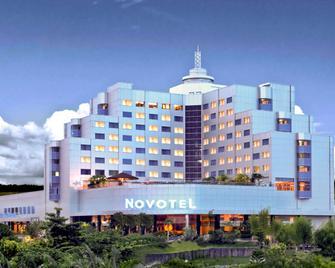 노보텔 발리크파판 - 발릭파판 - 건물