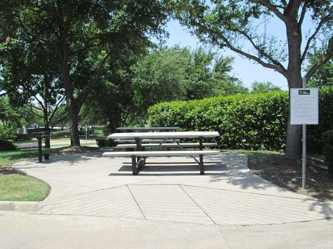 Extended Stay America - Dallas - Las Colinas - Carnaby St. - Irving - Patio