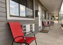 Red Ledges Inn - Tropic - Innenhof
