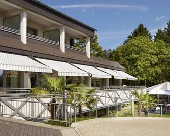 Diehlberg Hotel Am See - Olpe - Gebäude