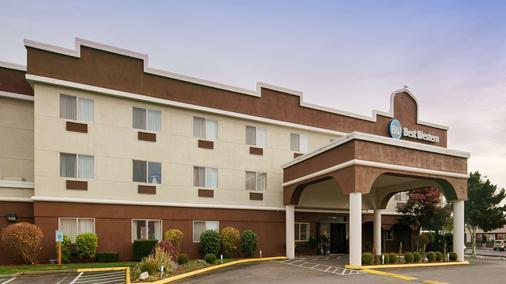 Best Western Sky Valley Inn - Monroe - Gebäude