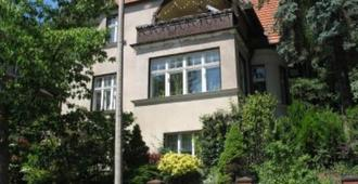 Apartment in the House with garden - Sopot - Toà nhà
