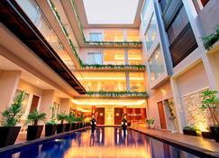 Ohana Hotel Kuta - Κούτα - Σαλόνι ξενοδοχείου