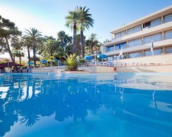 Nyala Suite Hotel - San Remo - Pool