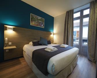 Hotel de Biarritz - Vichy - Camera da letto