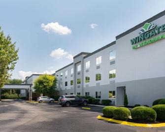 Wingate by Wyndham Fletcher at Asheville Airport - Fletcher - Building