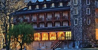 Hôtel Restaurant L'Ecluse en Périgord - Sorges-et-Ligueux-en-Périgord