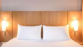 宜必思畢爾巴鄂中心酒店 - 畢爾巴鄂 - 畢爾巴鄂 - 臥室