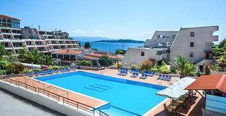 Xenios Theoxenia Hotel - Ouranoupoli - Pool