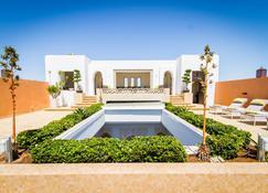 Euphoriad - Rabat - Building