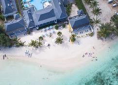 Muri Beach Club - Ngatangiia
