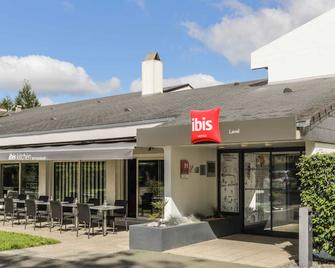 Ibis Laval Le Relais d'Armor - Laval - Building