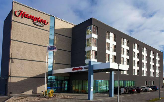 Hampton by Hilton Gdansk Airport - Gdansk - Building