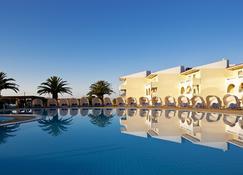 Cephalonia Palace - Lixouri - Pool