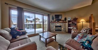 Trails Edge by Bear Country - Sun Peaks - Wohnzimmer