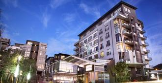 DoubleTree by Hilton Hotel Cape Town - Upper Eastside - Cape Town - Building