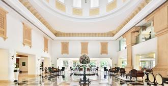 Le Méridien Jaipur Resort & Spa - Jaipur - Lobby