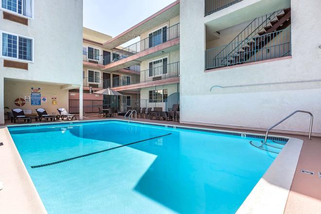 Comfort Inn Santa Monica - West Los Angeles - Santa Monica - Pool