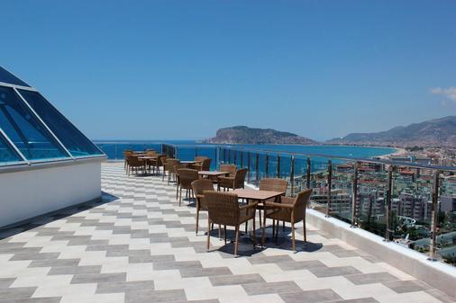 Diamond Hill Resort Hotel - Alanya - Parveke