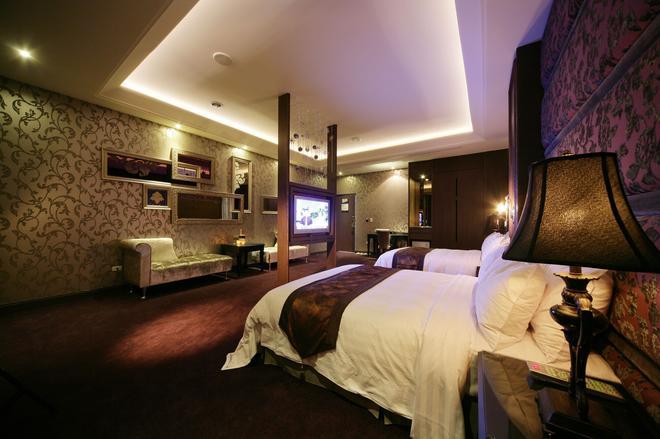 杜拜風情時尚旅館 - 台中 - 臥室