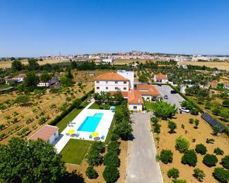 Graça Hotel - Evora - Pool